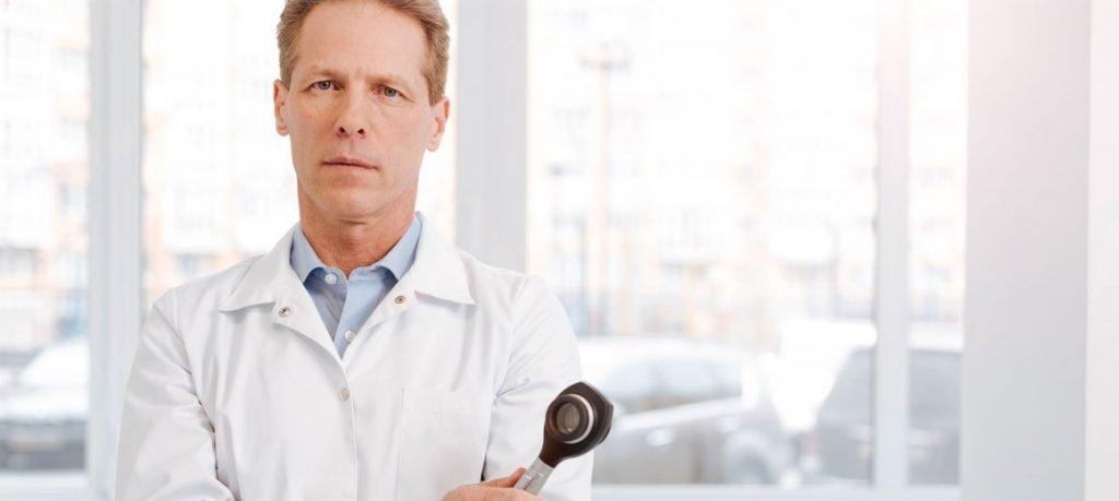 Dermatologist-HEINE